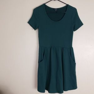 Forever 21 Forrest Green Dress Size Medium E11